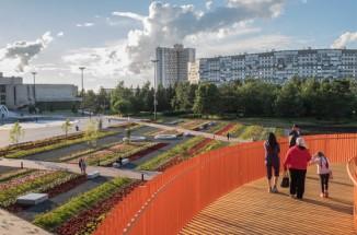 도시 생활을 바꾸는 공간의 리노베이션 - 러시아 아자트 광장