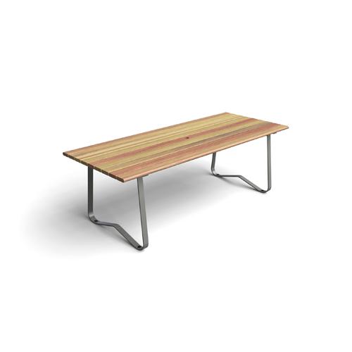 피니 테이블
