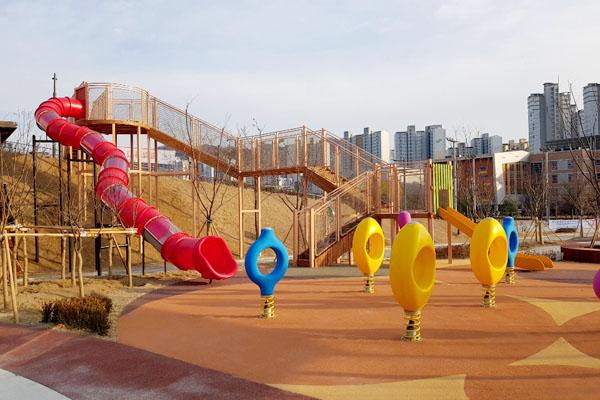 김천 어린이공원-퐁퐁놀이터